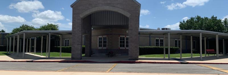Front view of Carson Elementary