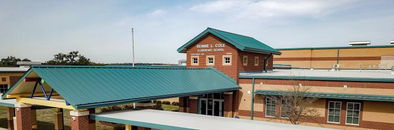Photo of the front of Cole Elementary