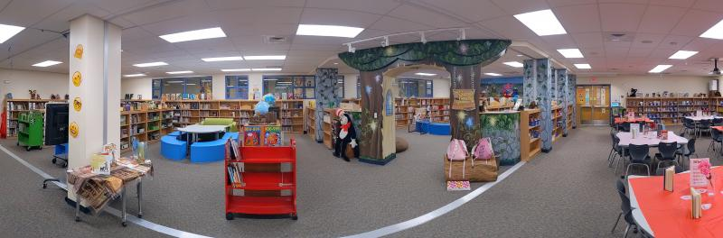 a picture of the inside of the esparza library