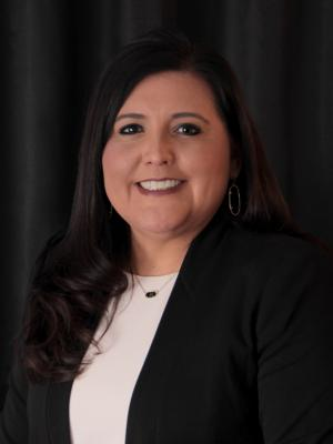Portrait of Claudia Colunga Principal of Myers Elementary